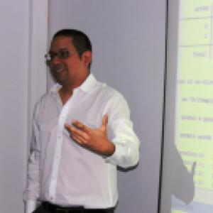 Instructor Manuel Hernandez